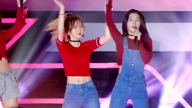 Watch and share Fever Festival GIFs and Red Velvet GIFs by BWOAH on Gfycat