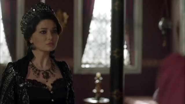 Muhteşem Yüzyıl Kösem Mahpeyker Kosem Sultan Angry In Black 2 Gif