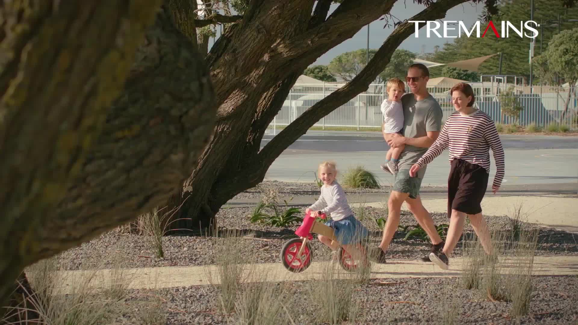 Tremains Summer Campaign 1 GIFs