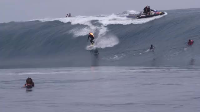 Watch Extreme Surfing GIF on Gfycat. Discover more JOB, Teahupo'o, barrel, big wave, fire, jamie o'brien, jamie obrien, on fire, ride, riding, surf, surfer, surfing, tahiti, teahupoo, wave, who is Job, who is job 5.0, xxl GIFs on Gfycat
