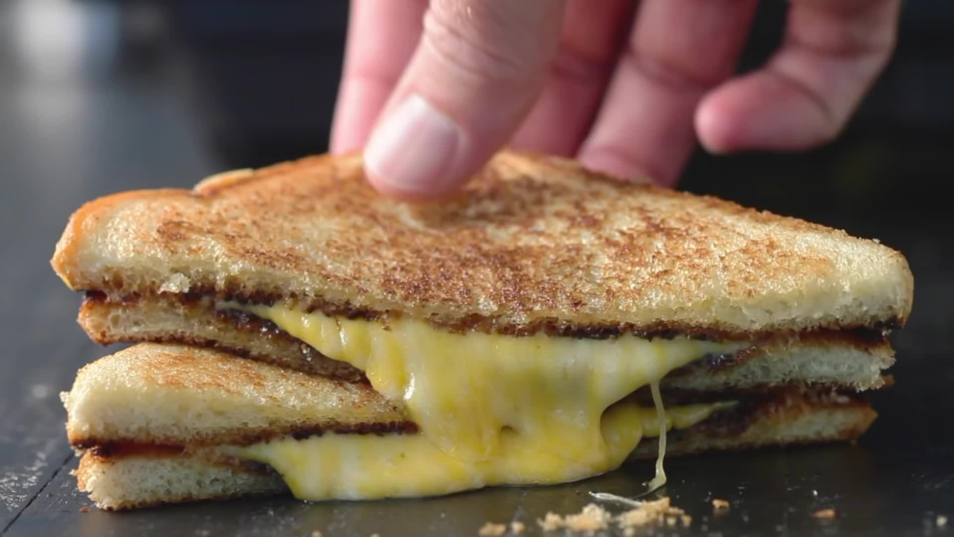camping, cheese, chowhound, easy grilled cheese, easy grilled cheese recipe, easy recipes, grilled cheese recipe, recipe, recipes, summer, vegetarian, Easy Grilled Cheese Recipe GIFs
