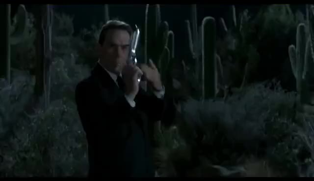 Watch this men in black GIF on Gfycat. Discover more agent d, agent kay, men in black, mikey, tommy lee jones GIFs on Gfycat