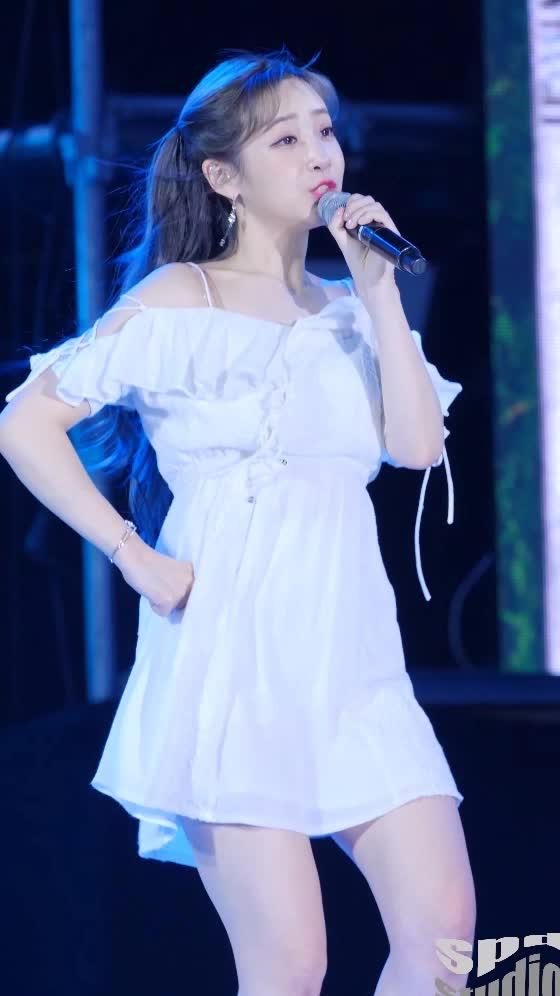 Lovelyz Yoo Jiae 러블리즈 유지애1 GIFs
