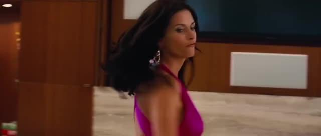 courteney Cox sexy milf cleavage makes me jizz like a water sprinkler