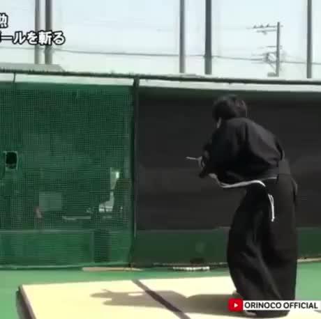 Samurai vs 100mph fastball - gif