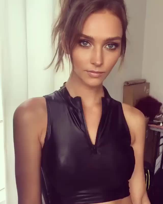 Watch and share Rachel Cook GIFs by reep dingle on Gfycat