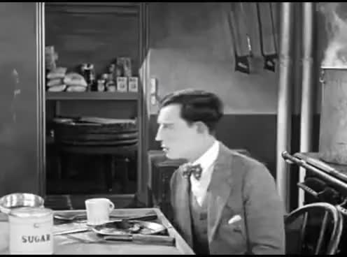 Watch and share The Navigator (1924) Buster Keaton GIFs on Gfycat