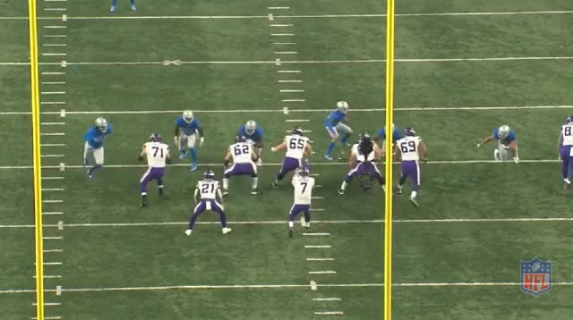 Watch and share Keenum Pocket 1 GIFs by whirledworld on Gfycat