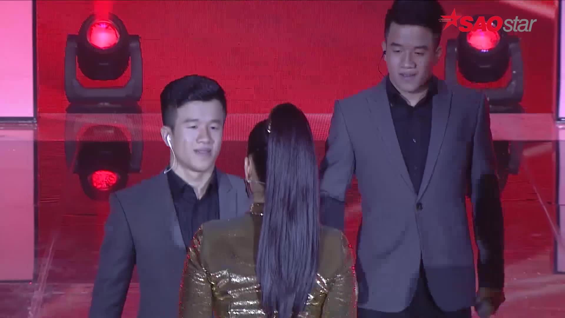 Hát hit khủng của Phan Mạnh Quỳnh, Ali Hoàng Dương cùng cặp sinh đôi làm tan chảy cả khán phòng