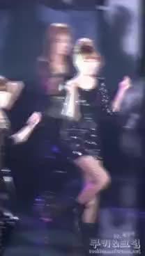 yuri kwon, yuri GIFs