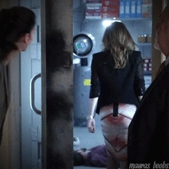 Maura Isles, RandI gifs, Rizzoli and Isles, black jacket, maura's bum, s5e4, Perfect woman has perfect boobs. GIFs