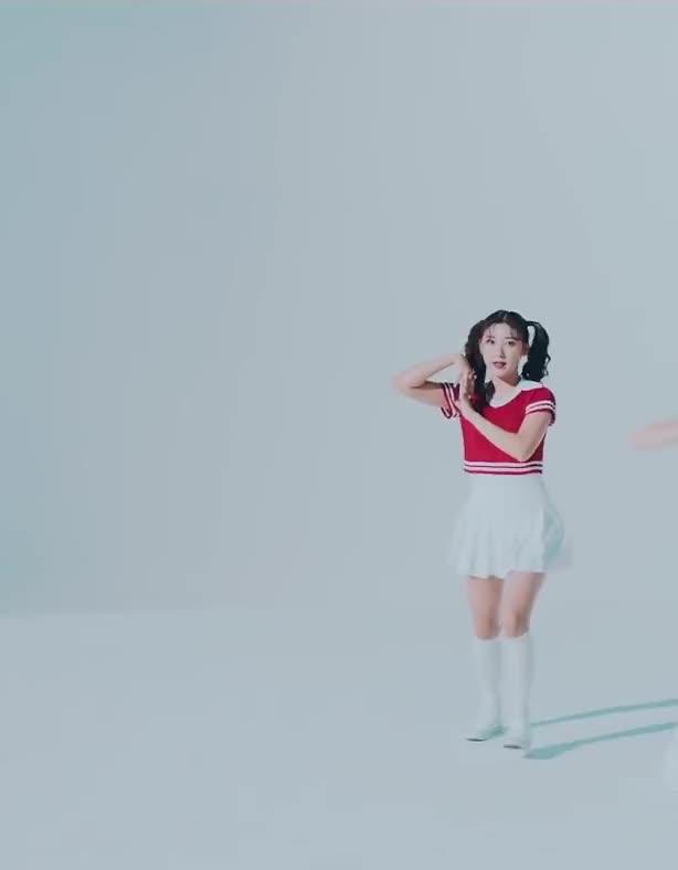 Watch and share 180905 [MV] 이달의 소녀 (LOONA) -Hi High- Original Choreography Ver 1 GIFs by theangrycamel2018 on Gfycat
