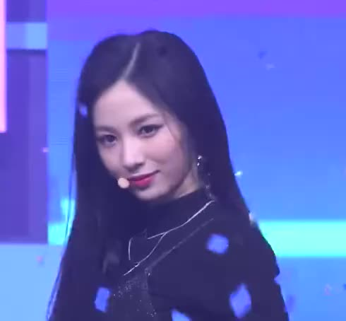 Watch and share Cherry Bullet GIFs and Jiwon GIFs by Just Girls Dancing on Gfycat