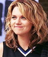 brooke davis, brooke is being a giant jerk in the 2nd gif but her hair looks good so, gm, haley james scott, mine, one tree hill, othedit, peyton sawyer, meow GIFs