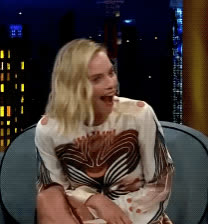 blush, embarrassed, late late show, margot robbie, omg, shocked, what, wtf, Margot Robbie OMG GIFs