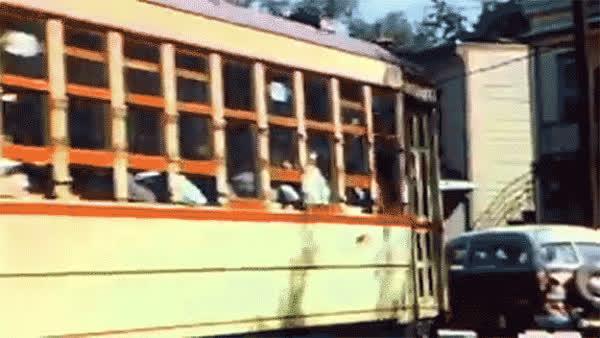 street-car-montreal-vintage GIFs