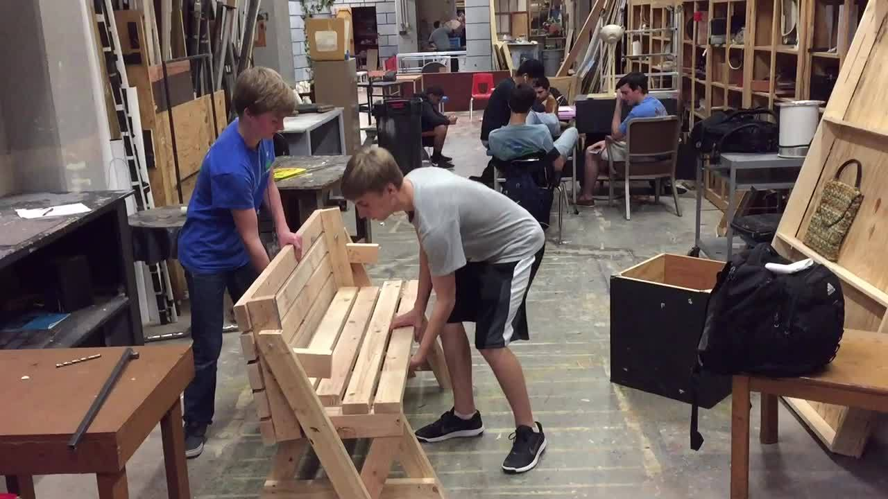 gifs, woodworking, Folding bench/table GIFs