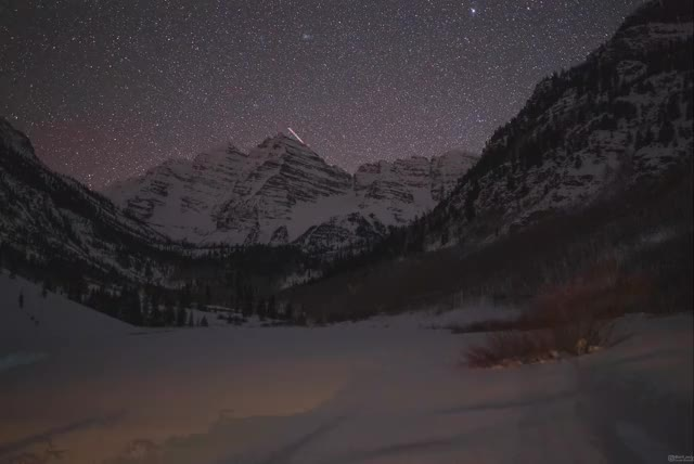 Watch and share Long Exposure Moonrise Looks Like Sunrise With Stars - @art_only GIFs by aryeh95 on Gfycat