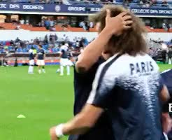 Watch meu riso e tao feliz com dibre GIF on Gfycat. Discover more coisa mais linda do mundo<3, daviago, david luiz, essa mãozinha no cabelo asjlsakjklasjks, football, mine, otp, psg, thiago silva GIFs on Gfycat