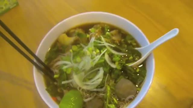 Watch How to make pho GIF on Gfycat. Discover more beef, bones, food, how, make, meatballs, oxtail, pho, to, vietnamese GIFs on Gfycat