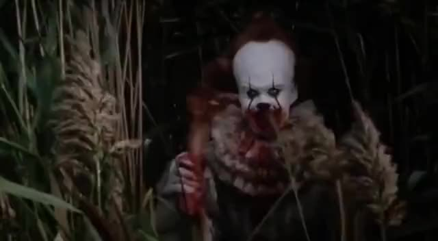 Watch and share It 2017, Pennywise Waving With Decapitated Hand GIFs on Gfycat