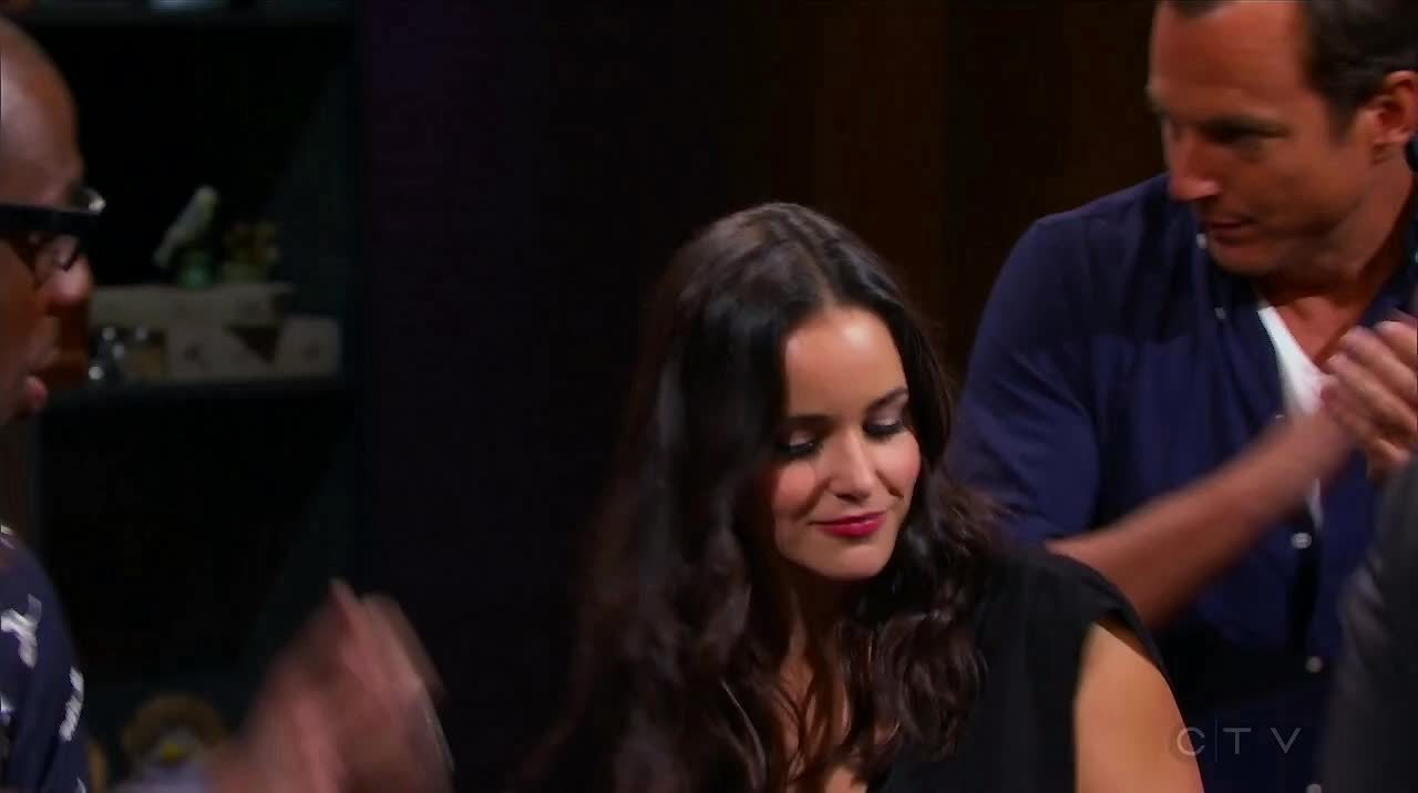 brooklynninenine, hollywoodgamenight, melissafumero, Melissa Fumero on Hollywood Game night S03E02 GIFs