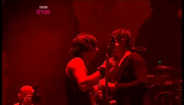Watch carl and pete GIF on Gfycat. Discover more carl barat pete the libertines GIFs on Gfycat
