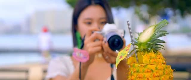 Watch chae hawaii GIF by Breado (@brandonedora) on Gfycat. Discover more celebs, chaeyoung, kpop, twice GIFs on Gfycat
