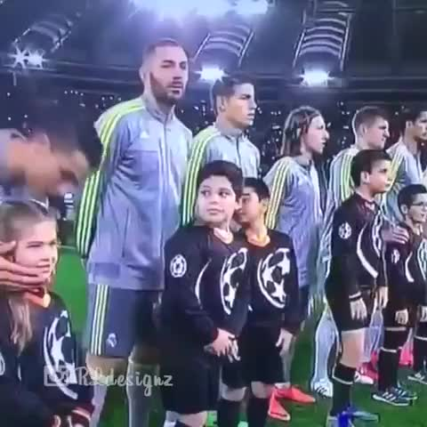 Watch and share Cristiano Ronaldo GIFs and Funnies Videos GIFs by Sürøĵit Dås on Gfycat