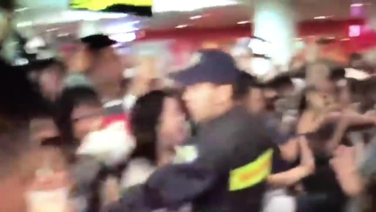 Fan Việt bấn loạn khi được gặp A Pink, Se7en và SEVENTEEN bằng xương bằng thịt
