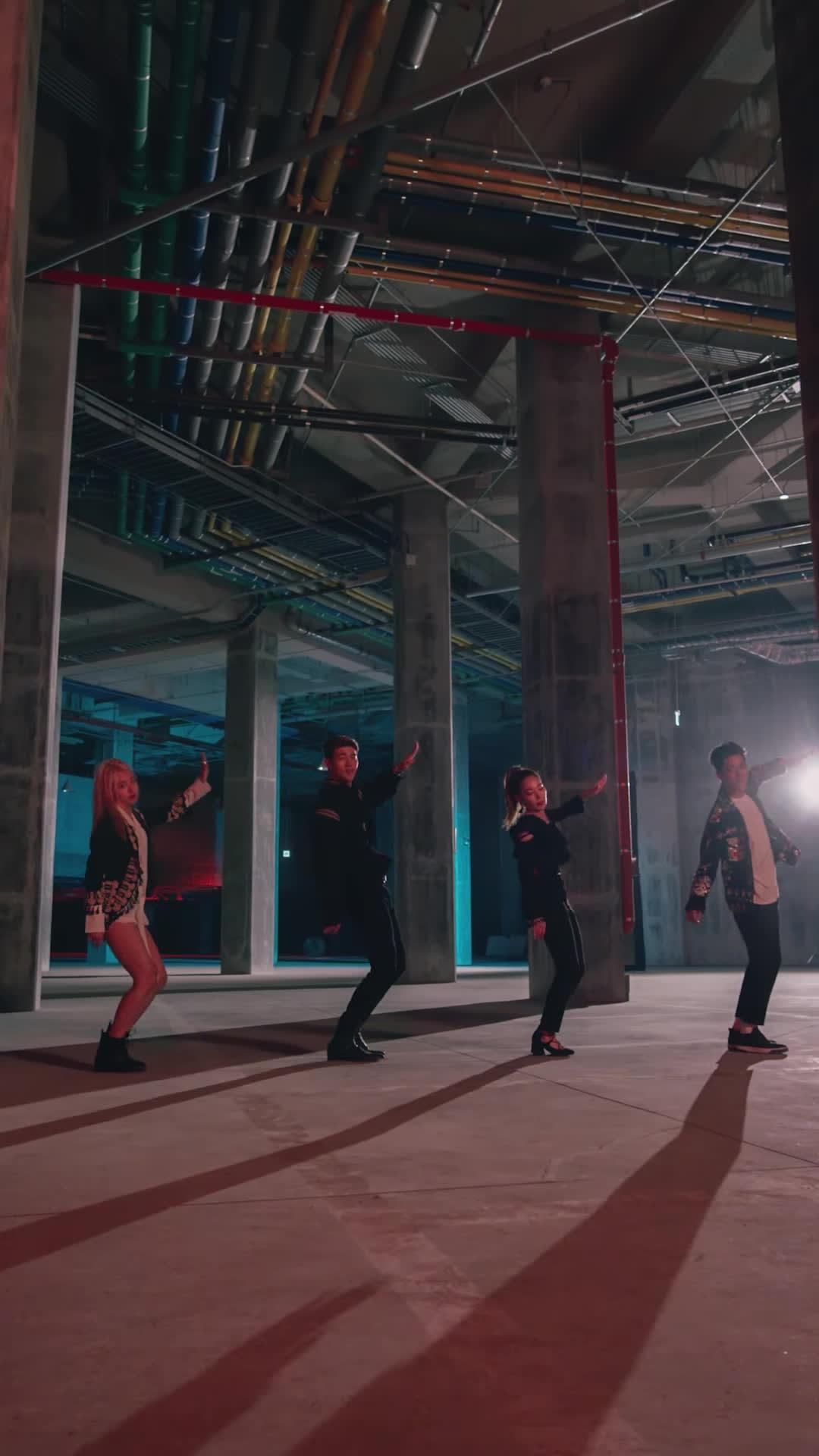 Nhóm nhạc hỗn hợp K.A.R.D tung hit gây nghiện cuối cùng, gom fan trước khi debut
