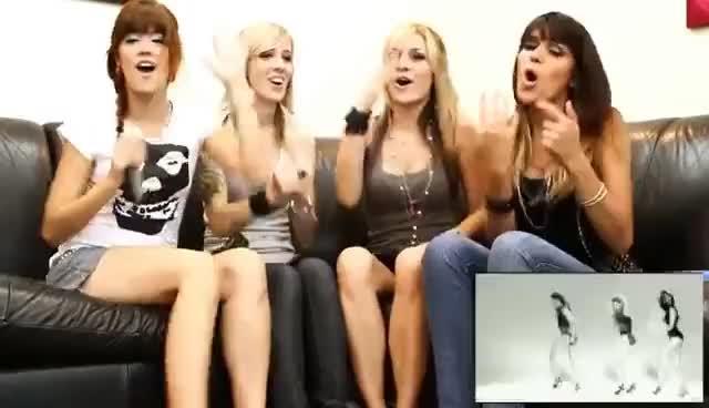 Watch and share Lipstick Responde GIFs and Banda Lipstick GIFs on Gfycat