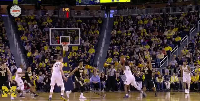 Watch and share Derrick Walton GIFs and Basketball GIFs by Ace Anbender on Gfycat