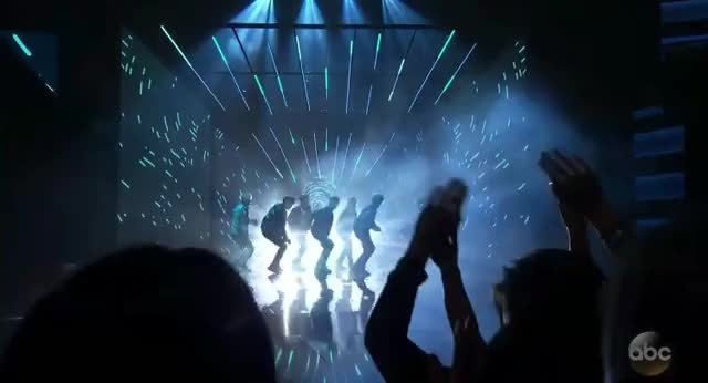 Watch this amas GIF by GIF Reactions (@visualecho) on Gfycat. Discover more AMAs, AMAs 2017, AMAs2017, American Music Awards, American Music Awards 2017, AmericanMusicAwards, AmericanMusicAwards2017 GIFs on Gfycat