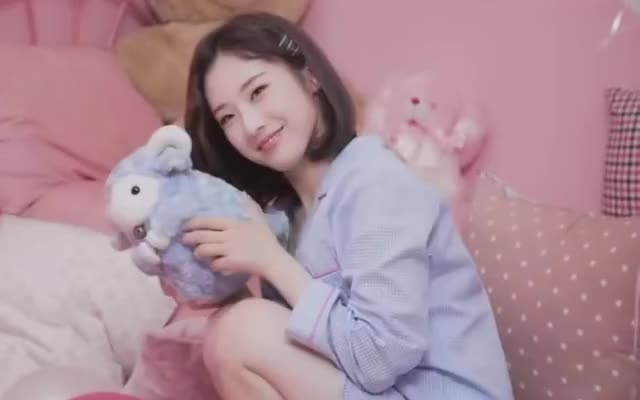 Watch and share Haseul GIFs and Loona GIFs by The Bakery on Gfycat