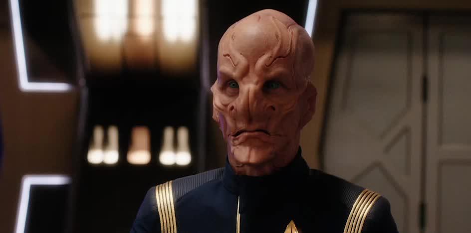 Star Trek: DS9, Star Trek: Discovery, Black guy: *drives car*... Cops: GIFs