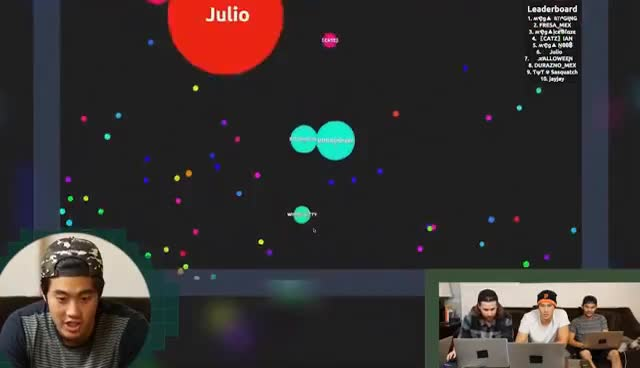 Playing Agario! GIFs