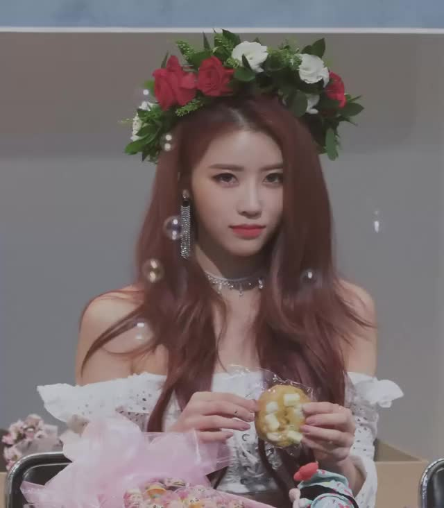 Watch and share Mijoo GIFs by dahyass on Gfycat
