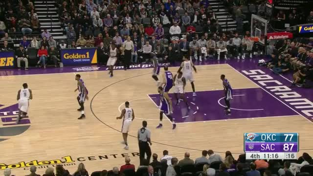 Watch and share Kanter Passing 5/Grant Dunk GIFs by aschlecht on Gfycat