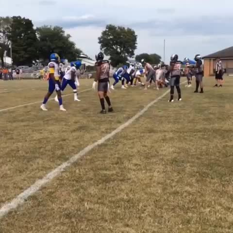 Watch and share Hands 🏈🎯 GIFs on Gfycat