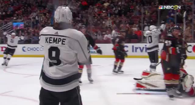 Watch and share Kempe Stare Down GIFs by kingsgifs on Gfycat