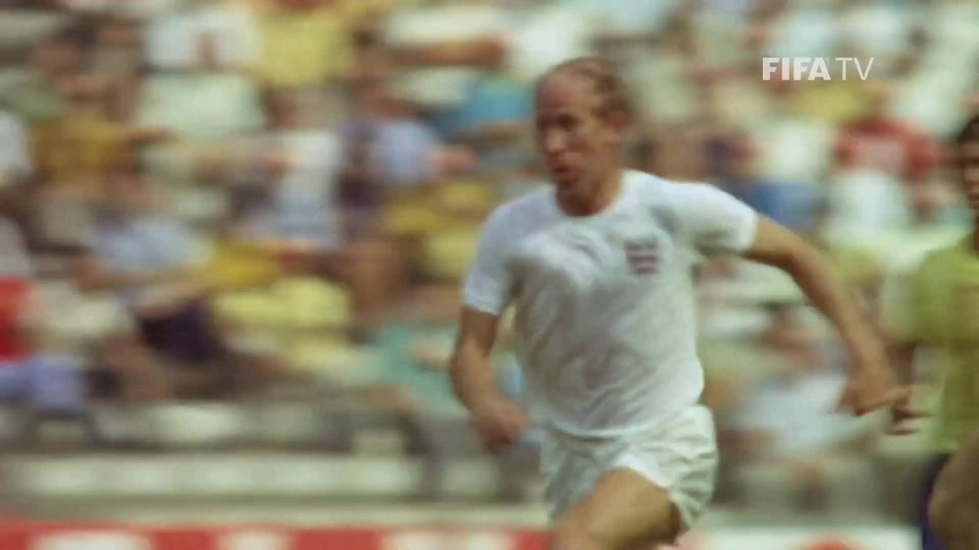 Calcio, FIFA, Football, Fussball, Futbol, Futebol, Fußball, Soccer, Voetbal, official, #TBT: Bobby CHARLTON - FIFA Classic Player GIFs
