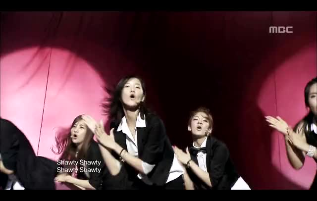 Watch and share Girls' Generation - Sorry Sorry, 소녀시대 - 쏘리 쏘리, Music Core 20 GIFs by The Angry Camel on Gfycat