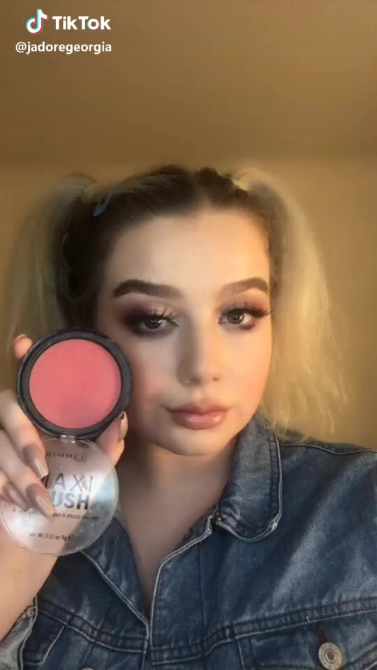 Watch and share Foryou GIFs and Makeup GIFs by bravebroccoli on Gfycat