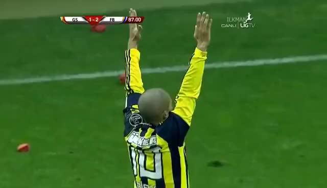 Watch and share Galatasaray 1-2 Fenerbahçe (GOL Alex De Souza) HD GIFs on Gfycat
