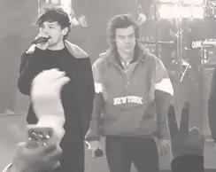 Watch and share Larry Stylinson Image Larry Stylinson GIFs on Gfycat
