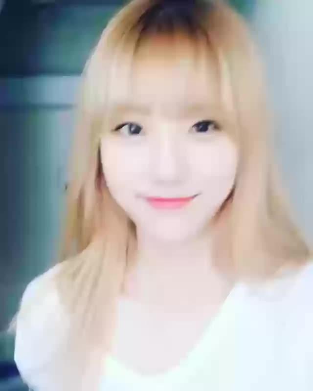 Watch and share 우주 소녀 GIFs by 러블리즈 on Gfycat