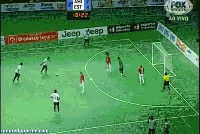 Watch and share El Mejor Tiro Libre De La Historia Del Futbol Sala GIFs on Gfycat