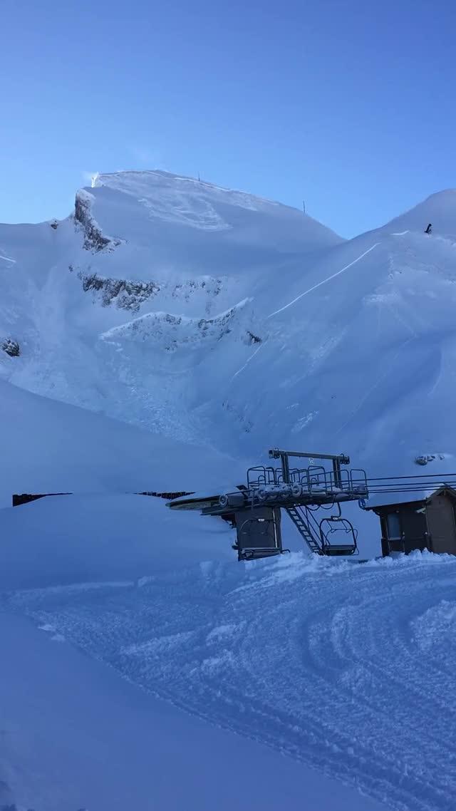 Avalanche triggered at La Clusaz, France