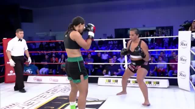 Watch Barbara Nepomuceno vs Talita Moreno - WGP Kickboxing 26 GIF on Gfycat. Discover more Boxing (Sport), K-1 World Grand Prix, KO, Kickboxing (Martial Art), Low Kicks, Martial Arts (Sport), Muay Thai (Martial Art), Nocaute, Vicious, WAKO GIFs on Gfycat
